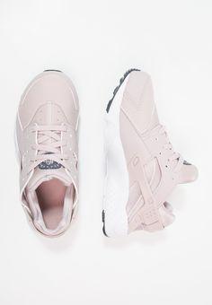 Nike Sportswear HUARACHE RUN - Joggesko - particle rose/thunder blue - Zalando.no