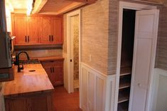 I'm so excited to share this 8'6″ x 20′ craftsman style bungalow tiny house on wheels by Molecule Tiny Homes. Anytimethey build something new for their clients I'm th…