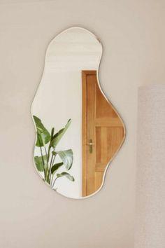 "femininitē on Twitter: ""obsessing over this mirror !!!… "" Living Room Decor, Bedroom Decor, Wall Decor, Mirror Wall Art, Diy Mirror, Framed Wall, Aesthetic Room Decor, Deco Design, Decoration"