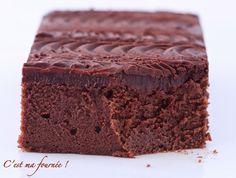 Gâteau au chocolat de C. Lignac, au mascarpone pour un fondant assourdissant ! Une tuerie, c'est marqué dessus, je ne laisse pas plus de 48h à quiconque lit la recette avant qu'il ne la reproduise !