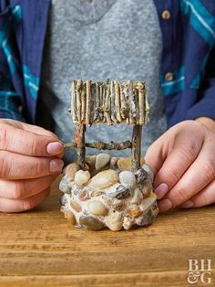 adding crank to miniature wellMake This Simple and Sweet Fairy Garden WellAdd some outdoorsy charm to your fairy garden cabinscape with this DIY craft. Give your container fairy garden a complete set of wood-chopping tools: a firewood holder, a chopp Fairy Crafts, Garden Crafts, Garden Projects, Garden Ideas, Garden Tips, Garden Art, Mini Fairy Garden, Fairy Garden Houses, Diy Fairy House