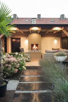 Backyard Patio Designs, Backyard Pergola, Diy Patio, Garden Pool, Terrace Garden, Garden Spaces, Jungle Gardens, Interior Garden, Garden Inspiration