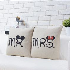 #goodnight #pillow #mr #mrs #mickey #mickeymouse #minnie #minniemouse #beautiful #bedroom #bed #sweet #cute #pretty #follow #fashion #weekend #follower #followers #love #like #forbedroom #l4l #like4like #likeforlike #home #homedesign #homedeco by ve_bir_not http://discoverdmci.com