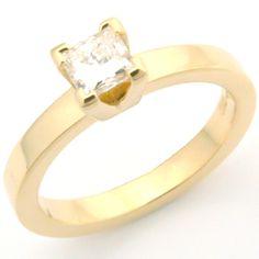 18ct Yellow Gold Princess Cut Diamond Solitaire Engagement Ring, Leeds, Yorkshire #bespoke #solitaire #diamond #engagement #ring #Yorkshire