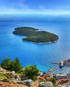Annajewels.  Dubrovnik - Croatia 🇭🇷. • • • #dubrovnik #croatia #ocean #sea #seascape #nature #landscape #view #island #travelporn…