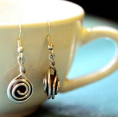 Gift ideas for women - Love these coffee earrings (& They empower women in the Dominican Haitian border)