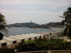 Vista de Caleta y el Malecón desde el Museo Histórico de Acapulco, Fuerte de San Diego.