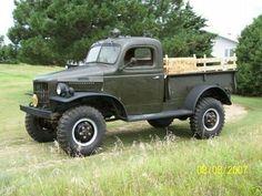 1941 Dodge Power Wagon, built for hauling wood! Ram Trucks, Dodge Trucks, Cool Trucks, Pickup Trucks, Classic Trucks, Classic Cars, Classic Mini, Pick Up, Dodge Vehicles
