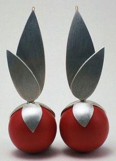 """""""Bulbs"""" - Heinz Brummel (silver, gold, wood)"""