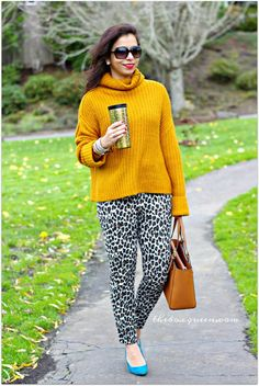 How To Wear Printed Pants | Mustard Sweater | Fall Color Trends | Fall Style | Fall Outfits | Winter Fashion