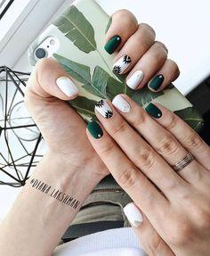 60 Must Try Nail Designs for Short Nails Short Acrylic Nails; Chic and fun Nails; Stylish Nails, Trendy Nails, Short Nail Designs, Nail Art Designs, Nails Design, Aztec Nail Designs, Aztec Nail Art, Salon Design, Diy Nails