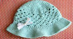 Cappello estivo per bambini all'uncinetto