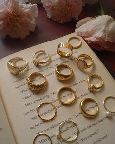 Trendy Jewelry, Dainty Jewelry, Cute Jewelry, Gold Jewelry, Jewelry Accessories, Fashion Jewelry, Jewlery, Gold Aesthetic, Accesorios Casual