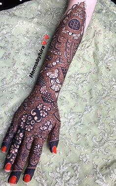 Kashee's Mehndi Designs, Modern Henna Designs, Back Hand Mehndi Designs, Henna Designs Easy, Henna Mehndi, Mehendi, Bedroom Furniture, Furniture Design, Ego Quotes