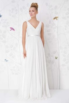 SADONI wedding dress LESLIE with A line figure in silk chiffon
