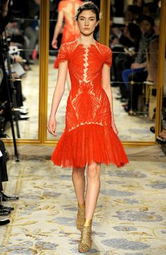 literally everything about this dress is perfection | marchesa
