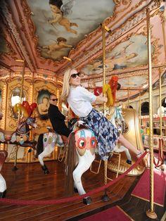 Carousel fun with Teen Vogue's Izard Izard Keltner and Jason Wu Merry Go Round Carousel, Circle Game, Becoming An Actress, Painted Pony, Carousels, Teen Vogue, Jason Wu, Fashion Photo, Summer Fun
