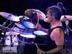 Vinnie Colaiuta: Modern Drummer Festival - YouTube