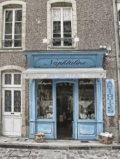 Naphtaline | Bayeux, France
