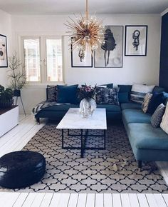 Living Room Design Ideas – The difference of the chandelier … How do you think? … - Decoration, Room Decoration, Decoration Appartement, Home Decor, Bedroom Decor New Living Room, Interior Design Living Room, Home And Living, Living Room Designs, Living Room Decor, Small Living, Kitchen Interior, Living Room Inspiration, Apartment Living