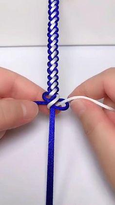 Diy Bracelets Patterns, Diy Friendship Bracelets Patterns, Diy Bracelets Easy, Handmade Bracelets, Handmade Jewelry, Diy Crafts Jewelry, Bracelet Crafts, Bead Jewellery, Beaded Jewelry