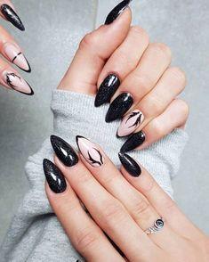 37 Best Winter Nail Designs for 2018 – BeFashionabl - Most Trending Nail Art Designs in 2018 Nail Art Designs, Black Nail Designs, Winter Nail Designs, Winter Nail Art, Winter Nails 2019, Nail Trends 2018, Nagellack Design, Stiletto Nail Art, Nails 2018