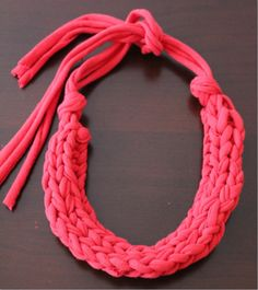 Finger Knit Statement Piece - finger knit with t-shirt yarn, but would look cool with any super chunky yarn!