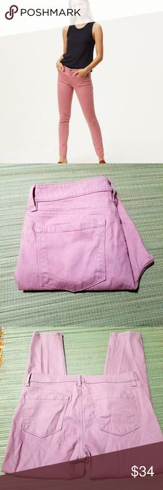12P Loft Modern Skinny Jeans rosy cheeks 12P Loft Modern Skinny Jeans rosy cheeks  33 inch waist 27 inch inseam 98% cotton 2% spandex  Standard 5 pocket design Button and zipper closure  Mid rise slim through the hips LOFT Jeans Skinny