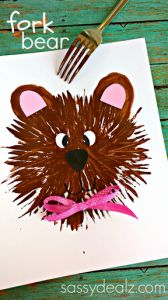 Kids Bear Craft Using a Fork (while mom uses a fork to make dandelions...)