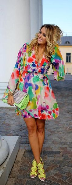 This dress just makes me smile. Color explosion, and I love it!