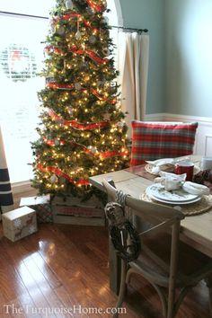 Christmas Home Tour: Pretty in Plaid | TheTurquoiseHome.com