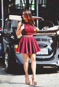 Kim Kardashian. Love this dress!!