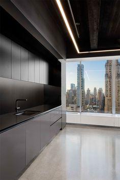 BEST INTERIOR DESIGNER IN NEW YORK || #moderninteriordesign #bestinteriordesigners #interiordesign #designtrends #luxuryfurniture #colortrends #decoration  #interiordesigninspiration #interiordesigntips #decoratingideas #livingroomideas #diningroomideas #designtrends #new york #newyorkinteriordesign #interiordesignideas #newyorkinteriordesignluxury #newyorkinteriordesignmanhattan #newyorkinteriordesigndreamapartment #newyorkinteriordesignstyle | More: https://www.brabbucontract.com/