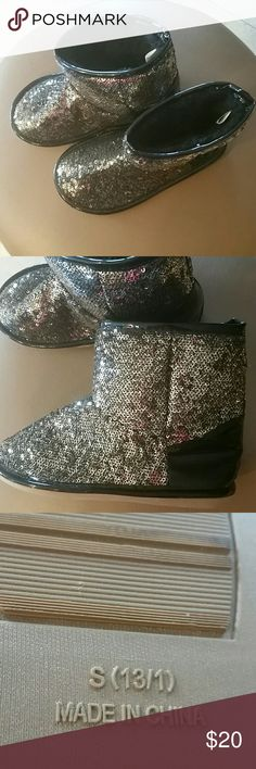 Adorable Girls Sequined Bootie.  NWOT Gold and Black Sequined Slip on  Bootie, size small  (13/1) Steve Madden Brand. Logo is down in bottom of the bootie so I couldn't get a picture of it. Super Cute. Excellent condition never worn. Steve Madden Shoes Boots