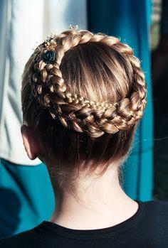 Ballet Hairstyles, French Braid Hairstyles, Fancy Hairstyles, Massage Cranien, Victorian Hairstyles, Hair Shows, Dye My Hair, Hair Art, Hair Inspiration
