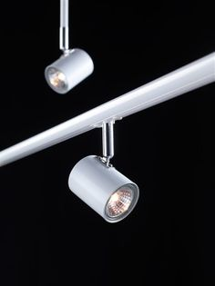 MLG - Product Standard Item - TRACK Spotlight Vit