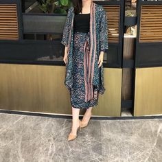 Modest Fashion For Women Classy 53 Ideas Kebaya Hijab, Batik Kebaya, Kebaya Dress, Batik Dress, Dress Brukat, Hijab Style Dress, Muslim Fashion, Modest Fashion, Fashion Outfits