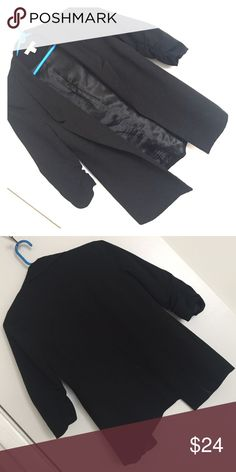 Urban outfitters silence and noise black blazer Urban outfitters silence and noise black blazer. It's in great condition only worn two times! Super cute! Urban Outfitters Jackets & Coats Blazers