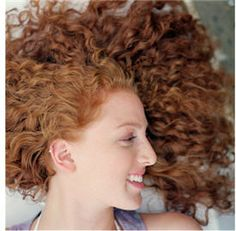 I love my naturally curly hair! Curly Hair White Girl, Thin Curly Hair, Curly Hair Tips, Curly Girl, Big Hair, Regrow Hair Naturally, Naturally Curly, Curled Hairstyles, Pretty Hairstyles