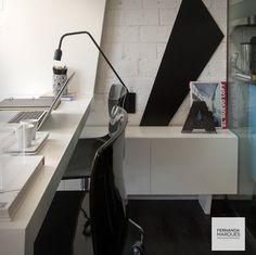 Branco e preto. Decoração minimalista e urbana.