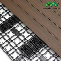 Panele tarasowe do szybkiego samodzielnego montażu na balkonie, patio lub tarasie w kolorze Walnut /Quick Deck is a complete DIY solution for concrete balcony, patio or terrace.