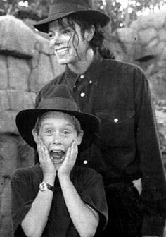 Michael Jackson and Macaulay Caulkin
