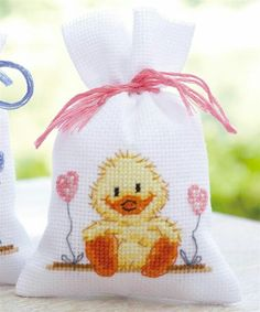 Knitting, crochet, embroidery, sewing and tons of inspiration for your next project. Cross Stitch For Kids, Cross Stitch Cards, Cute Cross Stitch, Cross Stitch Animals, Modern Cross Stitch, Counted Cross Stitch Patterns, Cross Stitch Designs, Cross Stitching, Cross Stitch Embroidery