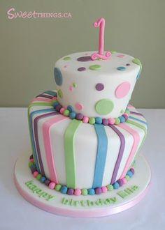 1st Birthday Cake: Topsy Turvy Cake