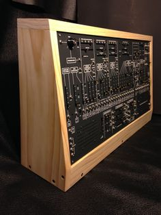 MATRIXSYNTH: TTSH Synthesizer Assembled in Wood Studio Case