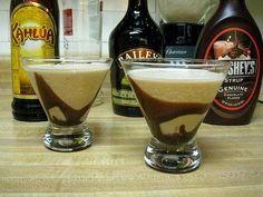 mudslide recipe:  fill blender with ice   3 fl oz vodka (or dark rum)  3 fl oz Kahlua  3 fl oz Baileys  chocolate syrup  whipped cream    blend liquor and ice until milkshake-y, about 45 seconds.  drizzle chocolate syrup on bottom of glasses, pour in drink and top with whipped cream.    so delicious!