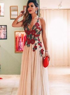 Fashion A Line Floral Spaghetti Strap Long Sleeveless Prom Dresses – Okdresses Best Party Dresses, Gala Dresses, Formal Dresses, Dress Party, Pretty Outfits, Pretty Dresses, Mexican Dresses, Dress Skirt, Dress Shoes