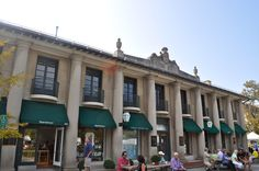 The old Marshall Field's Store at the head of Market Square, the town center of Lake Forest, IL.