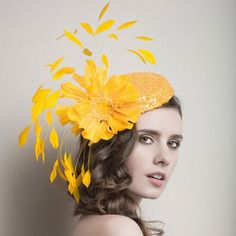 Can be worn tilted over the left or right eye, or any which way you desire. Elastic string included for ease of wear, use along the back hairline to secure the headpiece onto your head.