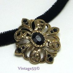 Avon Victorian Pendant Velvateen Choker Necklace by Vintage55, $16.00